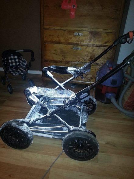 Reflexsspray-barnvagn