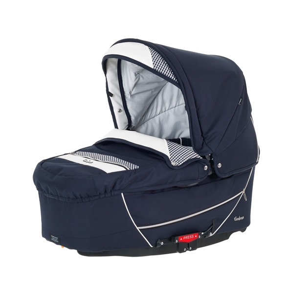 26508 - City Carrycot Supreme, Pepita Navy