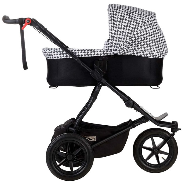 Mountain-Buggy-Luxury-Collection-Carrycot