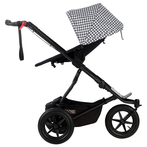 Mountain-Buggy-Luxury-ace-to-face