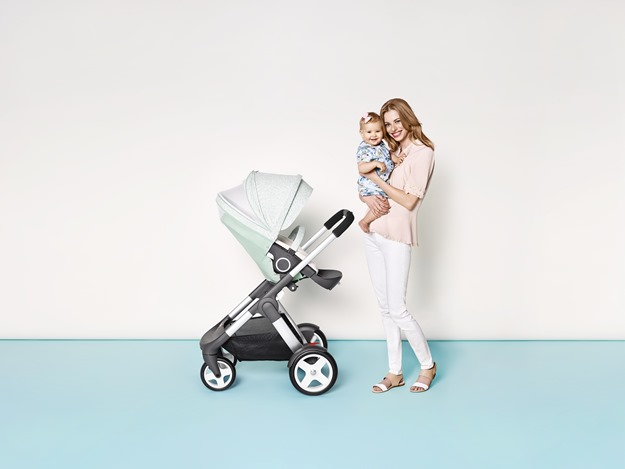 Stokke Summer Kit Scribble Salty Blue with Crusi chassis 141113-0028_0296